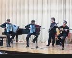 Выступление ансамбля «ARTквадрат»